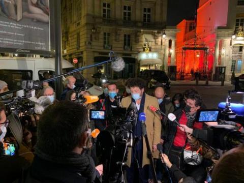 Paris, place Beauvau, le 23 novembre 2020. La FIJ, la FEJ, les syndicats de journalistes et les associations de défense des droits humains ont organisé une conférence de presse face au ministère de l'Intérieur. Photo : FIJ/AB